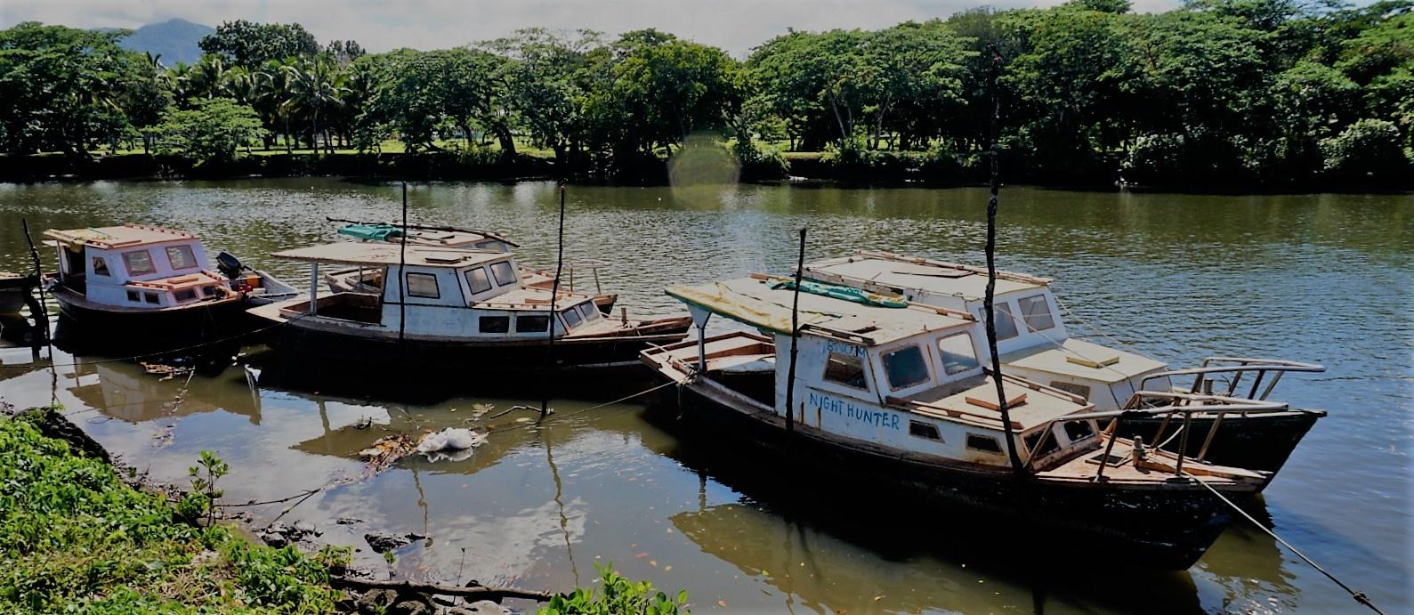Fiji fishing boats